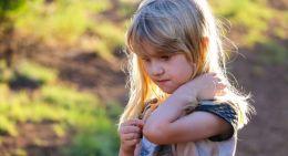 Baixa autoestima infantil: veja 9 sinais que merecem sua atenção(Foto: Pixabay)