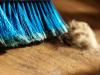 Esta é a melhor forma de varrer o chão(Foto: eldadcarin/iStock)
